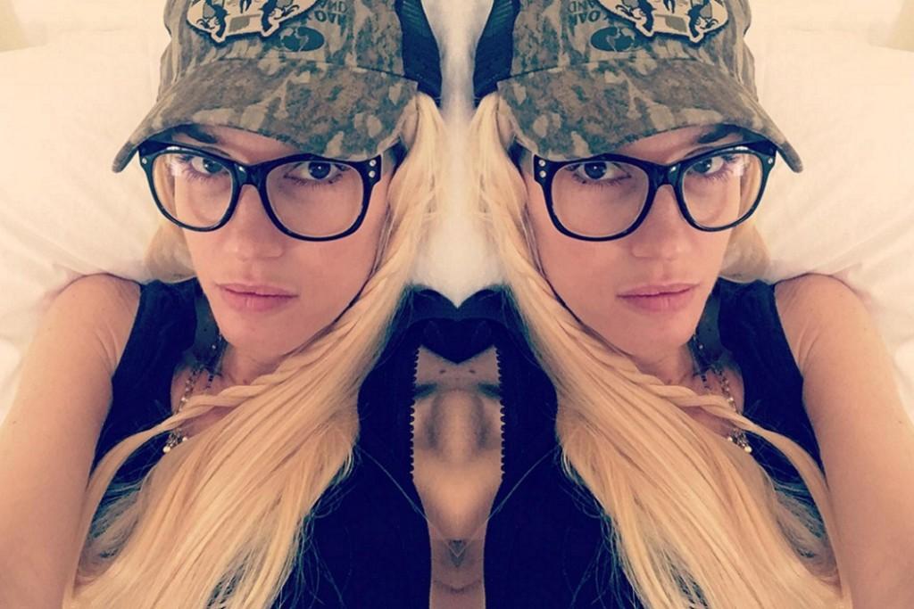 4518318362 Gwen Stefani Rocks an Androgynous Look in Over-sized Specs. Eyewear ...
